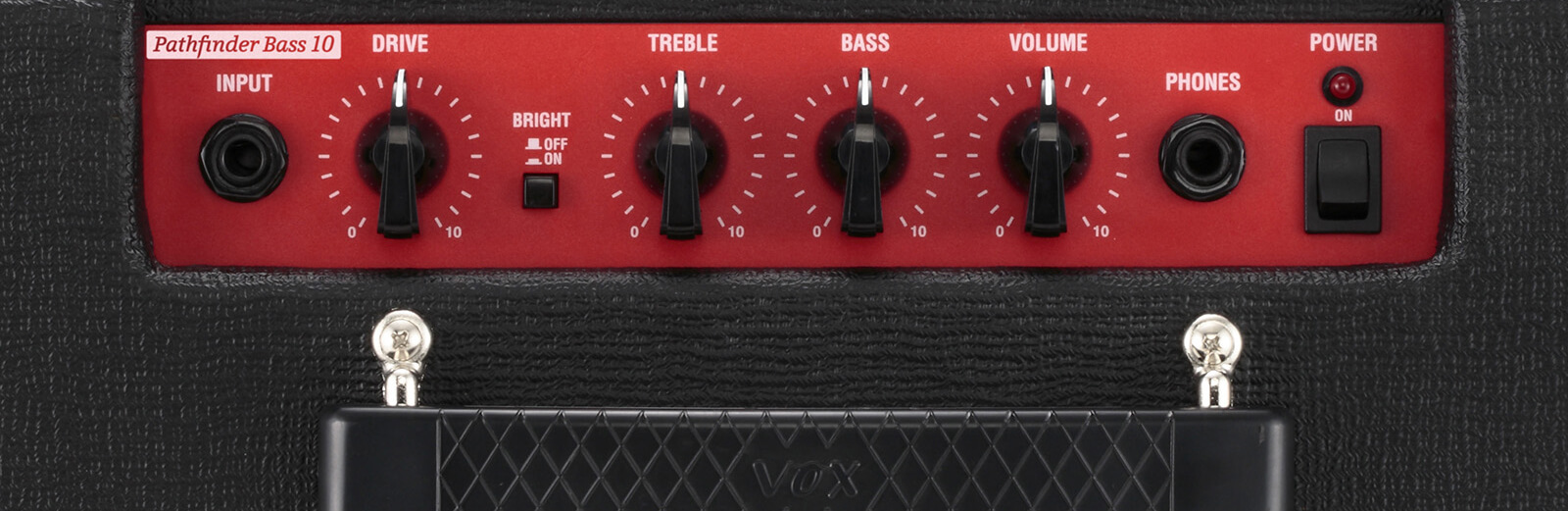 Closeup of red controls on VOX Pathfinder Bass 10